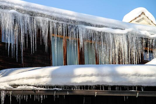 Large Icicles on Roof.jpg